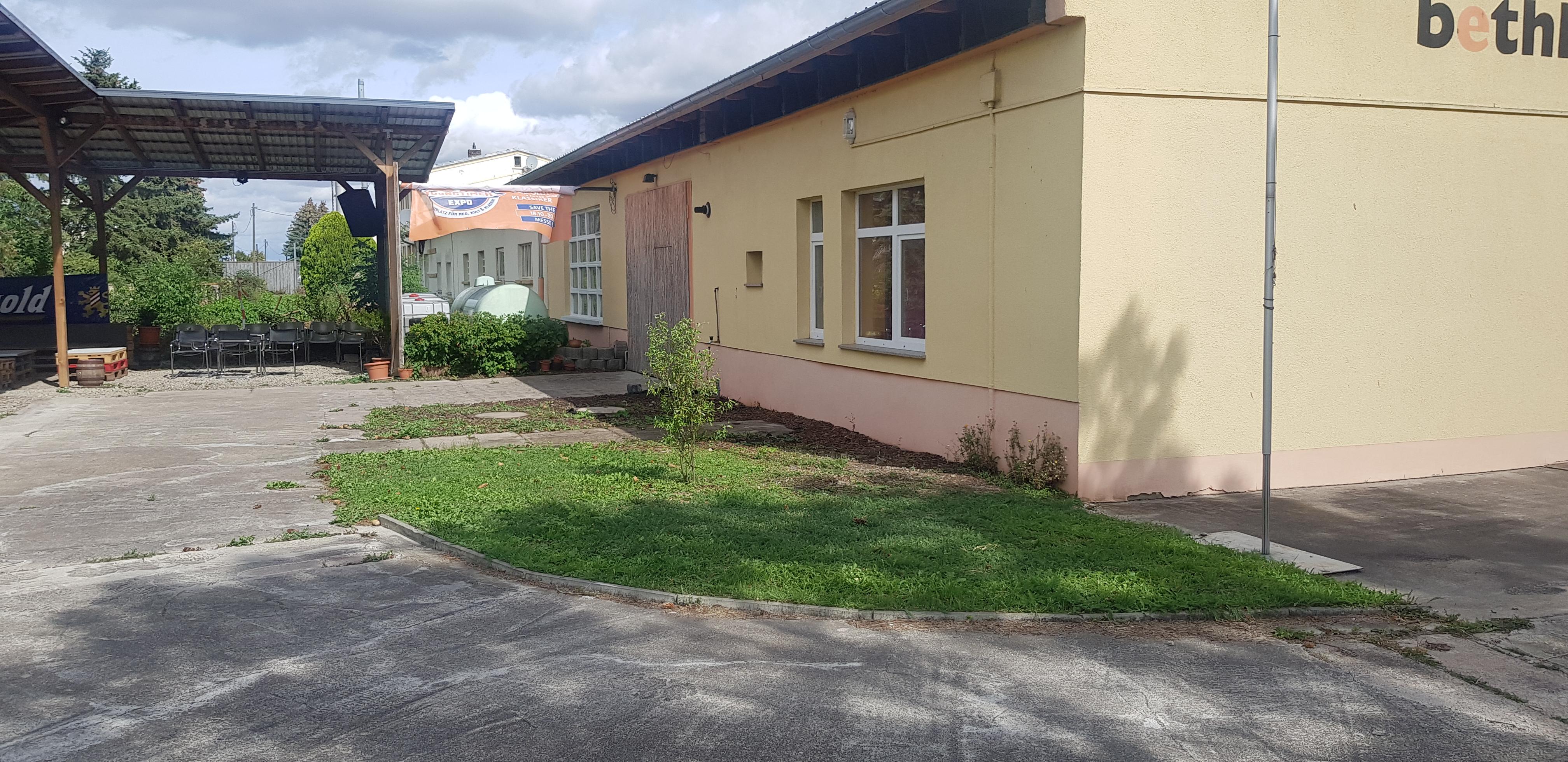 Bürogebäude mit Lagerflächen im Erfurter Norden